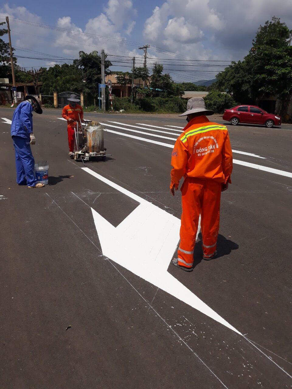 Hướng dẫn quy trình thi công kẻ đường bằng sơn dẻo nhiệt